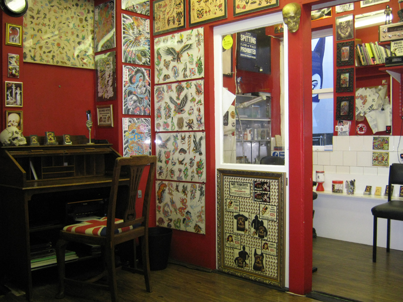 About us diamond jacks tattoo parlour for Tattoo shops in london