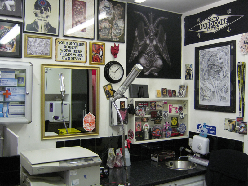 About Us Diamond Jacks Tattoo Parlour Www Diamondjacks Co Uk London Tattoo Studio